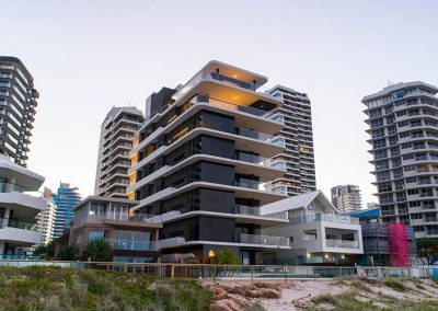 Main Beach Apartments by BGD